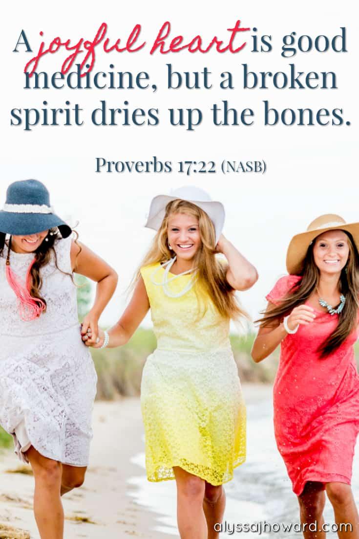 10 Bible Verses That Declare the Joy of the Lord! | alyssajhoward.com